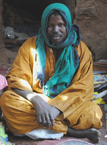 Marabouten i Tanga er oplært af sin far til at helbrede psykisk syge