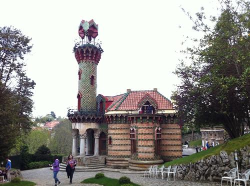 El Capricho tegnet af arkitekten Gaudi
